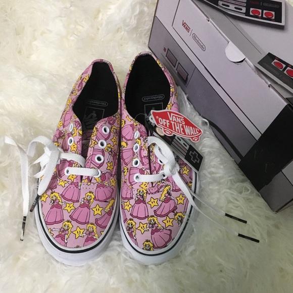 663e9a67f9a0e2 NEW Vans Canvas Nintendo Lace Up Low Top Sneakers